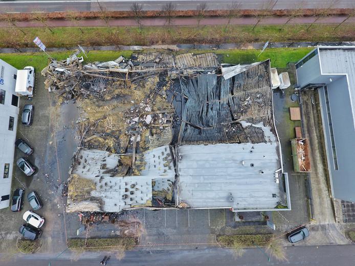 RMR Interieurbouw na de brand op bedrijventerrein Sonman.