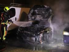 Arrestaties voor autobranden in Gouda: 'Crimineel, is het. Een beetje stoer doen'