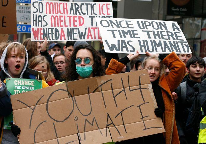Studenten betogen voor het klimaat in Brussel.