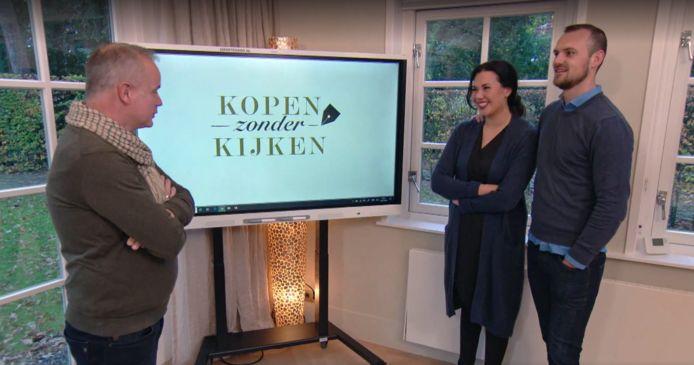 In Kopen zonder Kijken kopen de deelnemers een huis zonder het ooit te hebben gezien.