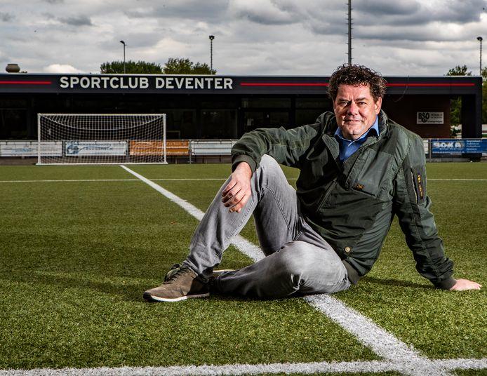 Preses Robert Berends gaat met Sportclub Deventer van het zondag- naar het zaterdagvoetbal.