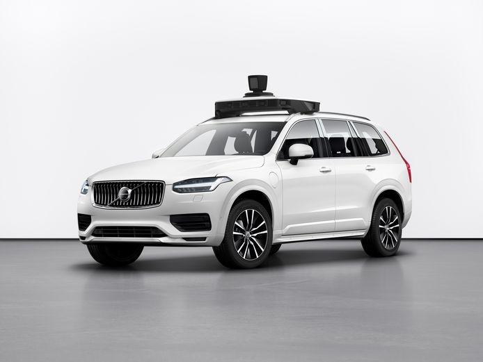 Al sinds 2016 test Volvo met zelfrijdende voertuigen, zoals deze XC90 die werd ontwikkeld in samenwerking met Uber. Zo'n zelfde auto was in 2018 nog betrokken bij een dodelijk ongeluk in Arizona