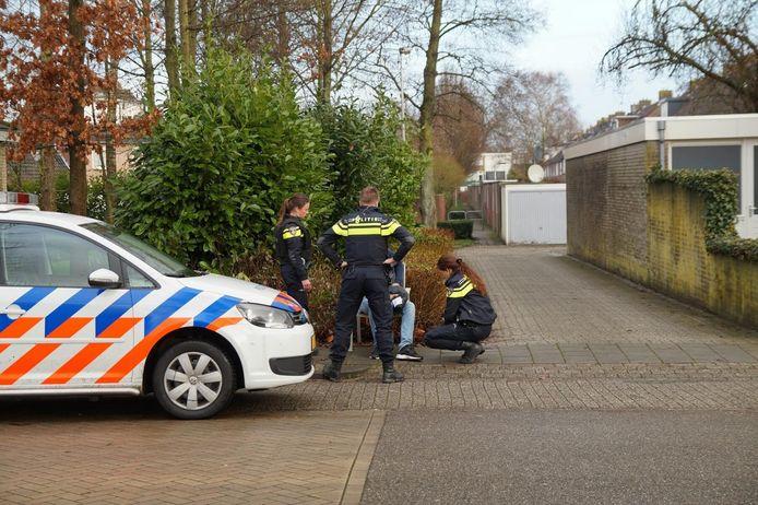 Het slachtoffer is ter plaatse aan zijn verwondingen behandeld.