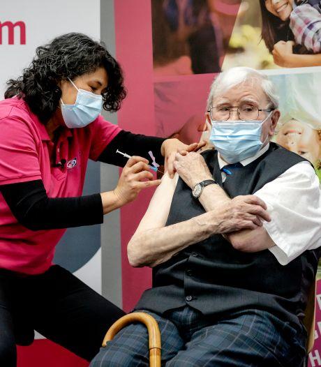 Ministerie: Veel meer mensen gevaccineerd dan tot nu toe gemeld