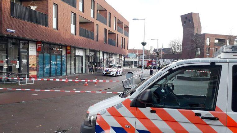 Het Mosplein werd afgezet zodat de politie onderzoek kon doen. Beeld Politie