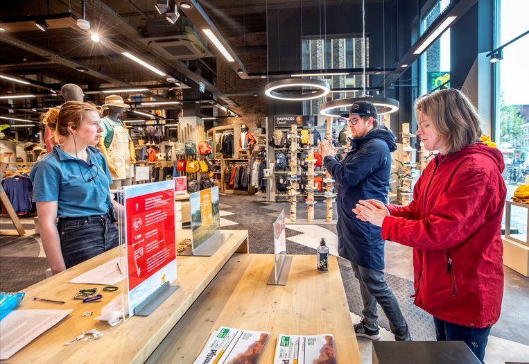Buitenwinkel Bever heeft de deuren in Utrecht weer geopend. Beeld Raymond Rutting / de Volkskrant
