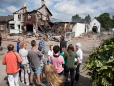 Nieuw plan voor locatie afgebrande Petjesbar: dorp krijgt gemeenschapshuis cadeau