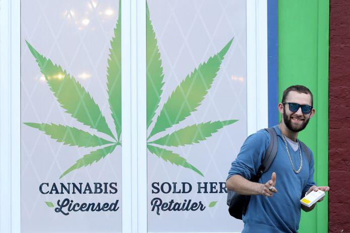 In navolging van een aantal Amerikaanse staten heeft Canada de teelt en verkoop van cannabis voor recreatief gebruik gelegaliseerd.