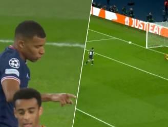 De kameraadschap is groot: Mbappé en Messi gunnen elkaar strafschop, al kan het contrast in afwerking niet groter zijn