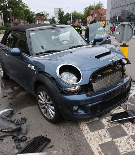 Automobiliste raakt gewond bij botsing in Eindhoven
