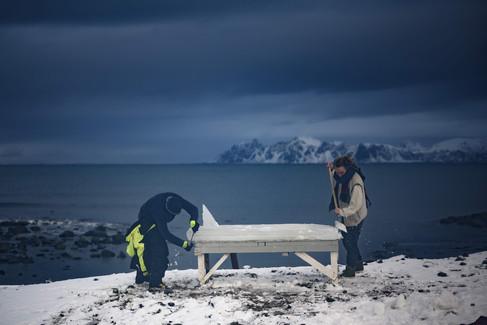 Foto van Surfen op een ijsblok? Deze Scandinaviërs tonen dat het kan