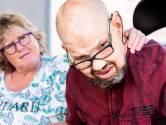 Parkinsonpatiënt Roy barst in huilen uit nadat vervoerder uitje verknalt: 'Ellende op ellende'