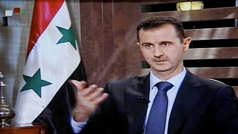 Bashar Assad werd gisteren geïnterviewd op de Syrische staatstelevisie. © epa Beeld