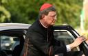 De Keulse kardinaal Rainer Maria Woelki bij zijn aankomst voor een mis in de Sint-Margaretakerk in Düsseldorf, vorige week woensdag.