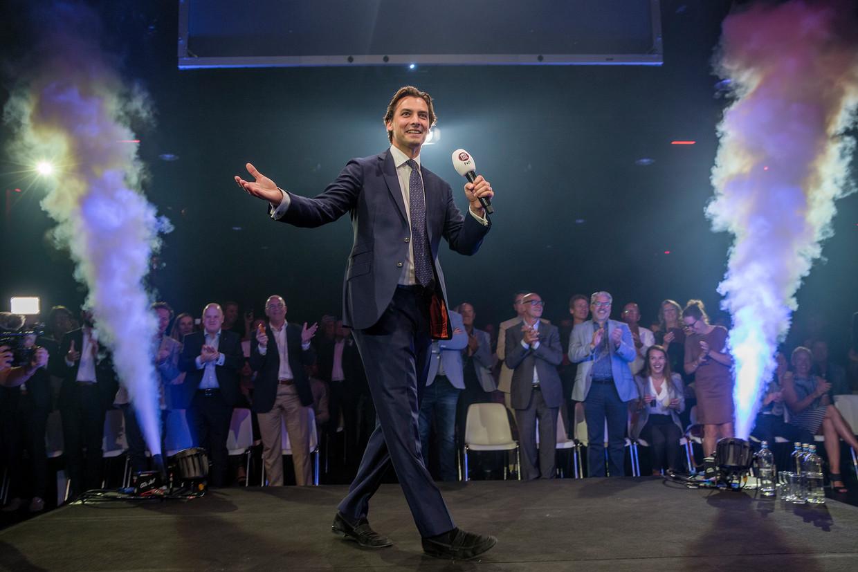Frontman Thierry Baudet steelt de show op de partijbijeenkomst in Zaandam.