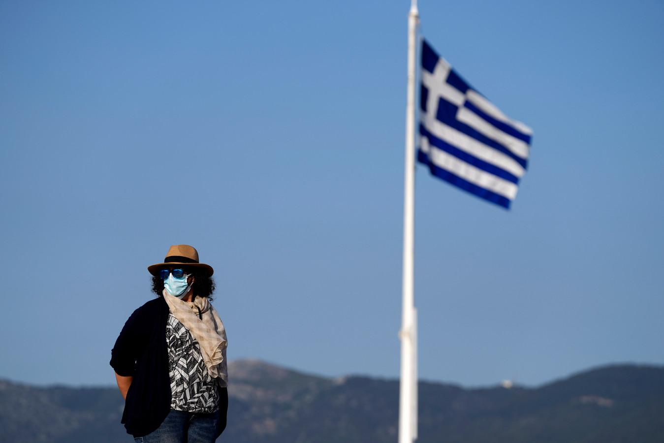 Avec l'amélioration de la situation sanitaire, la Grèce lèvera également le couvre-feu à partir de lundi, a précisé le ministre adjoint à la protection civile Nikos Hardalias.