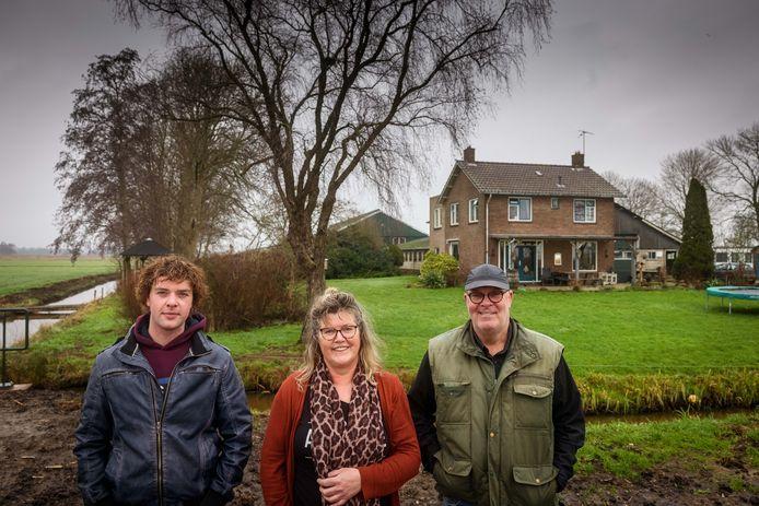 De boerderij van de familie Timmerman in Blokzijl moet plaatsmaken voor de extra natuur rondom De Wieden.