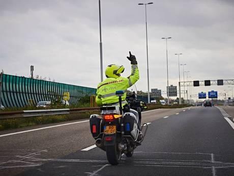 Politie gaat extra controleren op 'jaknikkers' en bumperklevers op A67