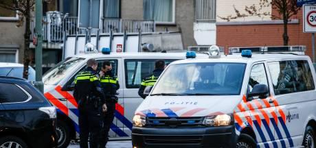 Politie krijgt melding van steekpartij aan Brouwersdijk in Dordrecht