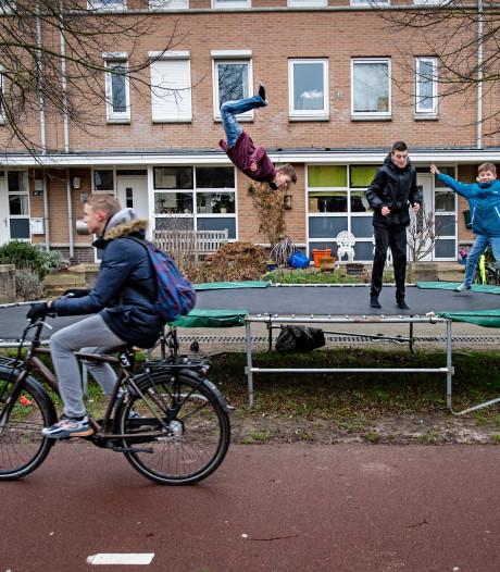 Buurt-trampolines moeten weg na anonieme klacht
