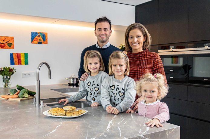 Het gezin van Gwendolien is alvast verlekkerd op de gezonde visburgers