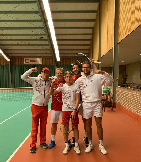 Tennissers Lewabo haken af in titelstrijd