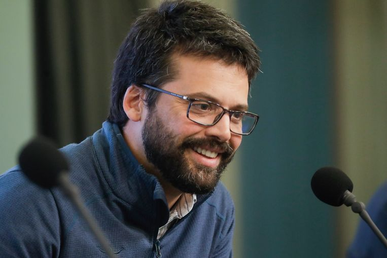 'Misschien is het debat over mondmaskers in Wallonië minder warrig gevoerd?', denkt viroloog Emmanuel André (KU Leuven).  Beeld Photo News