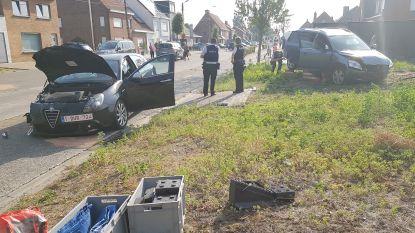 Twee gewonden bij zware botsing in Ichtegemstraat