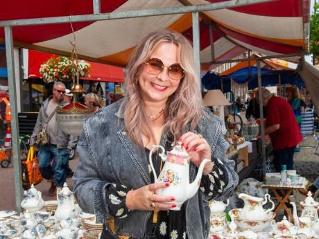 Alles heeft een verhaal op Montmartre: 'Ik ben nostalgisch ingesteld en hier verkopen ze veel van vroeger'