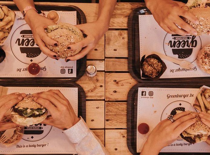 Greenburger, le restaurant liégeois qui propose des burgers végans, locaux et de saison.