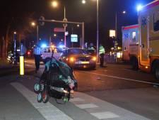 Auto schept gezin op zebrapad in Rotterdam