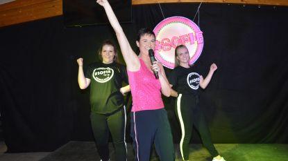Opbrengst tombola campagnebal kandidaat-prinses carnaval Sofie gaat naar baby Aily