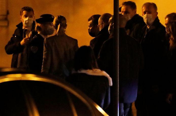 Macron arriveert in Conflans Sainte Honorine