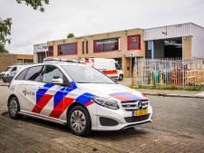 Politie vindt vaten met onbekende vloeistof in autogarage Eindhoven