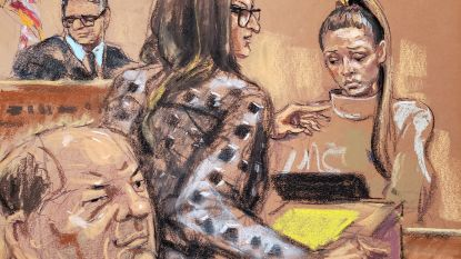 """Vermeend slachtoffer ondervraagd door advocaat Weinstein: """"Ik voelde hoe hij op me plaste"""""""