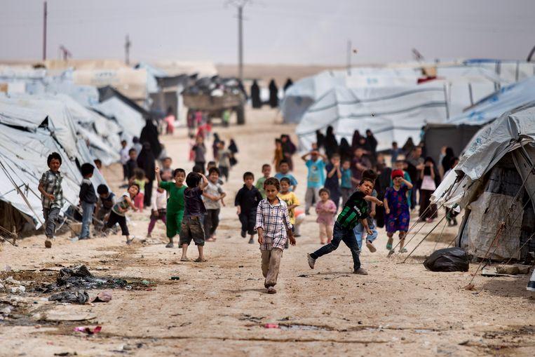 In het kamp Al-Hol worden duizenden vrouwen en kinderen van IS-strijders vastgehouden.  Beeld AP