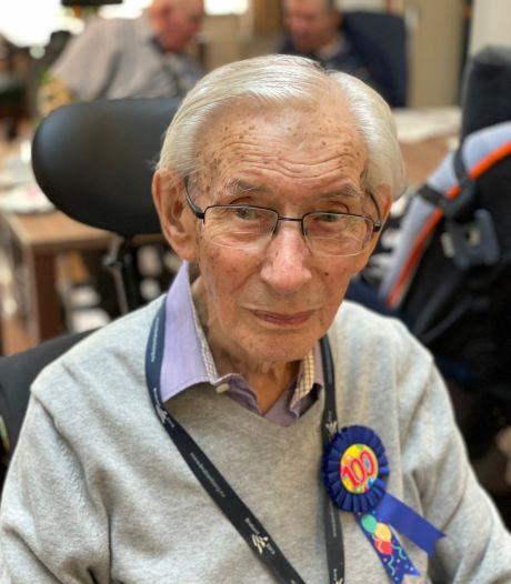 Ossenaar Willy van der Velden 100 jaar: 'Tot vorig jaar kon hij sneller hoofdrekenen dan een rekenmachine'