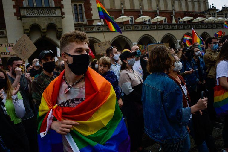 Een demonstratie voor gelijke rechten voor lhbti'ers in Krakau. Beeld Getty Images