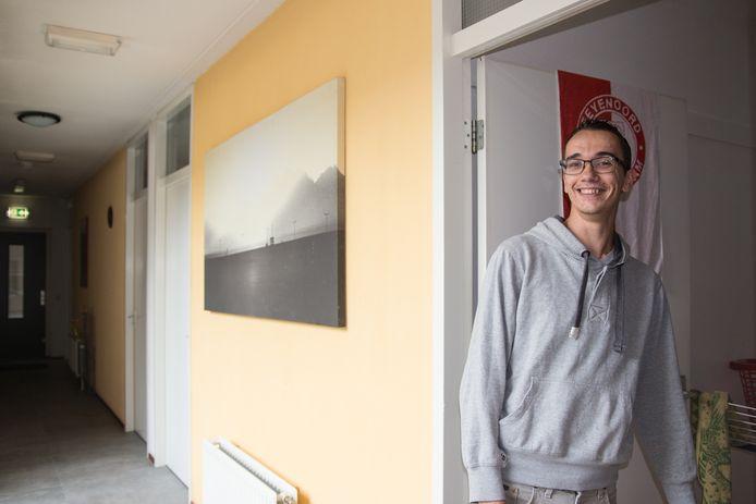Fabian is een 22-jarige student en woont in een opvang.