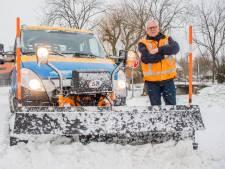 Laat Henk (57) maar schuiven! Een dag op pad met de strooiwagen: 'Rijden in dit weer vergt veel concentratie'