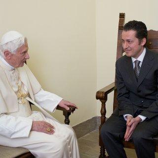 Butler die geheime documenten ontfutselde uit het Vaticaan overleden