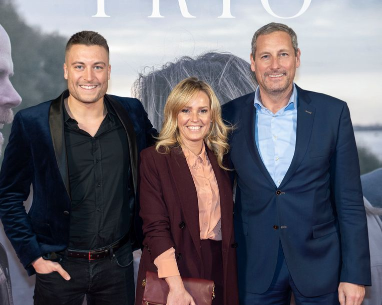 Viktor Verhulst en Gert Verhulst met Gerts partner Ellen.
