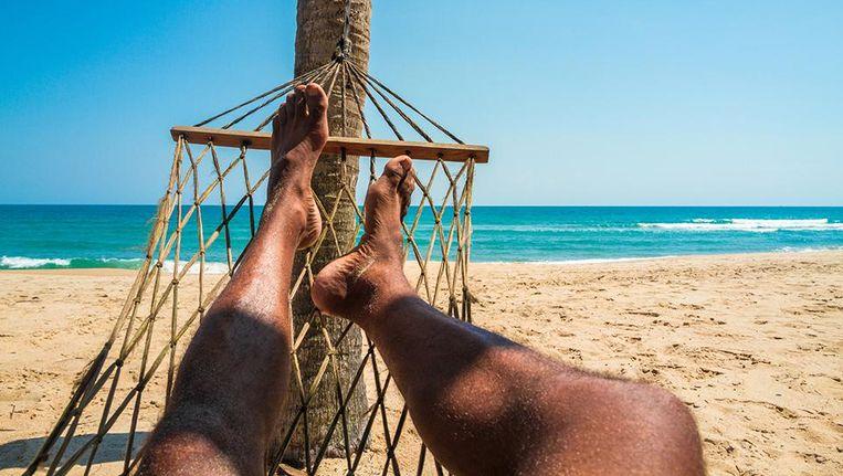 Belg Johnny (43) geniet van luilekkerleven op Caraïben met geld van werkloosheidsuitkering
