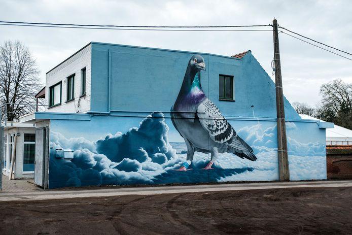 De genomineerde muurschildering op de Raymond Delbekelaan.