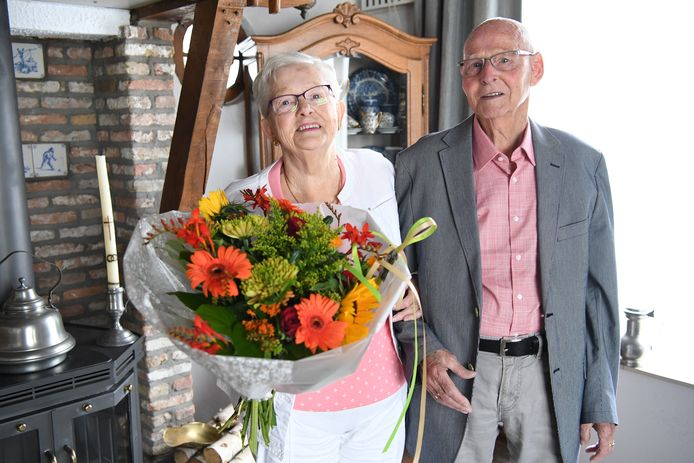 Geeske en Willy van Gool zijn 60 jaar getrouwd.
