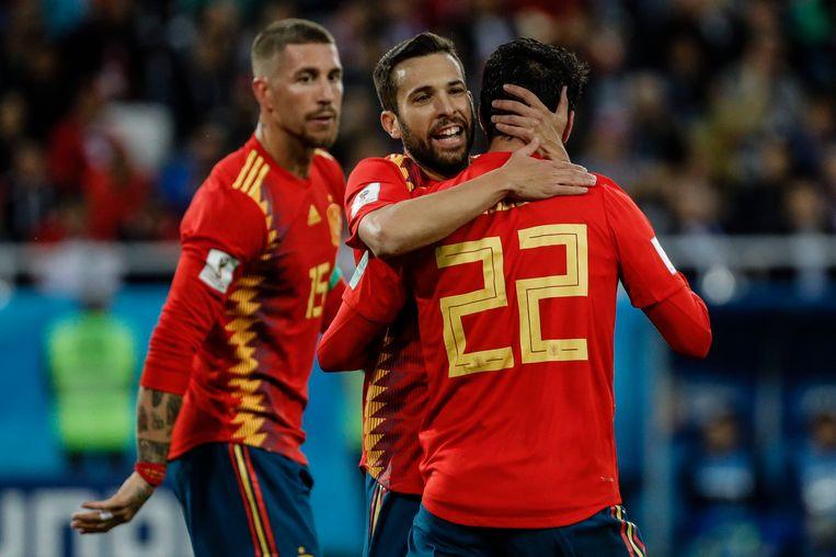Spanje viert het doelpunt van de kwalificatie tegen Marokko. Beeld Photo News