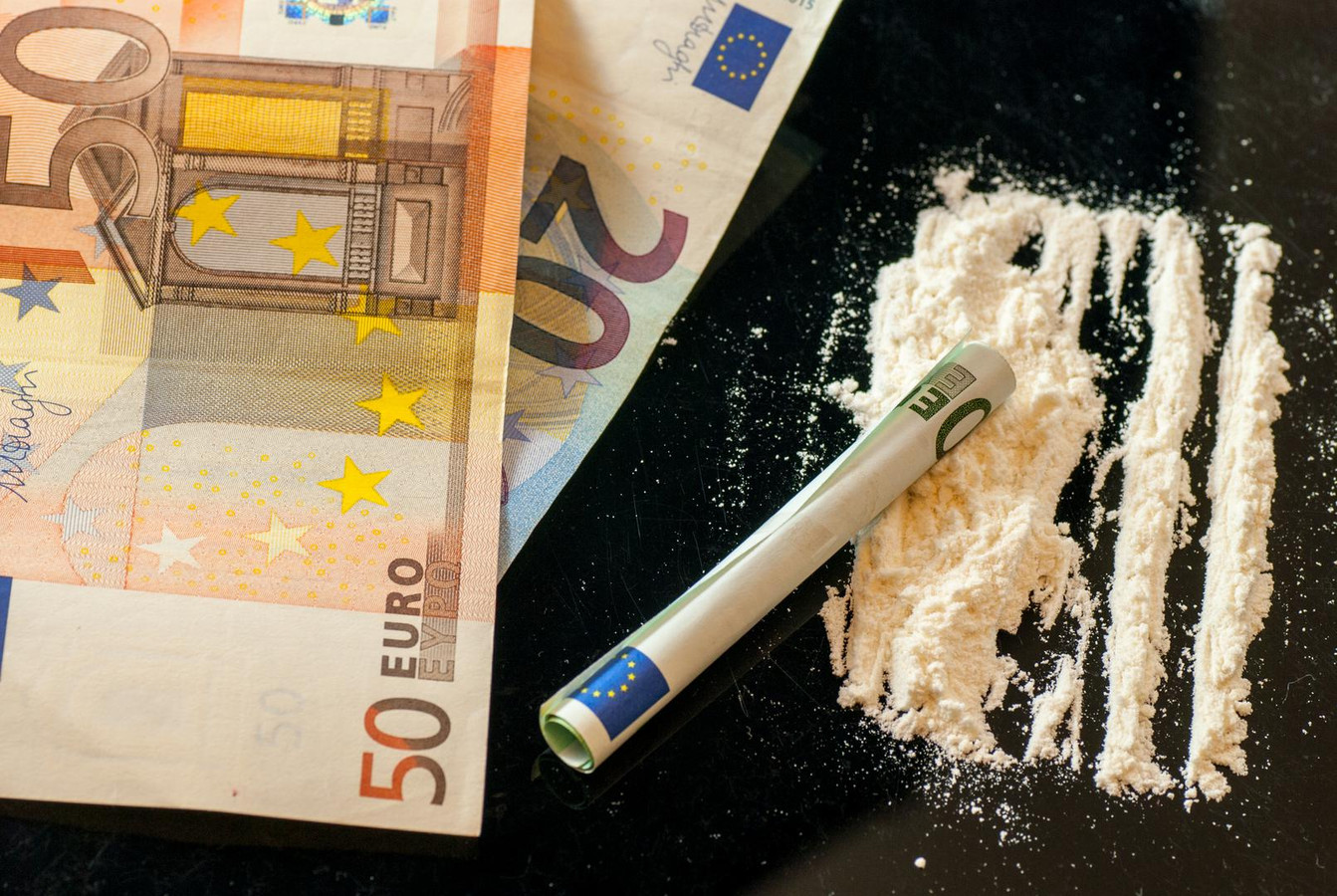 Geld en heroïne kon in de auto van de Fransman gevonden worden.