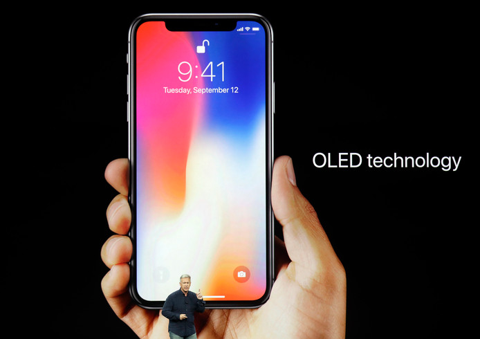 Phil Schiller presenteert de iPhone X.