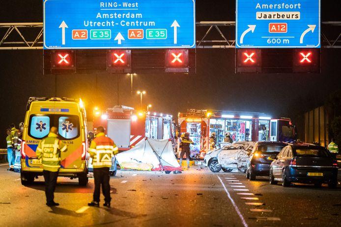 Bij het ongeval kwam een jonge vrouw om het leven