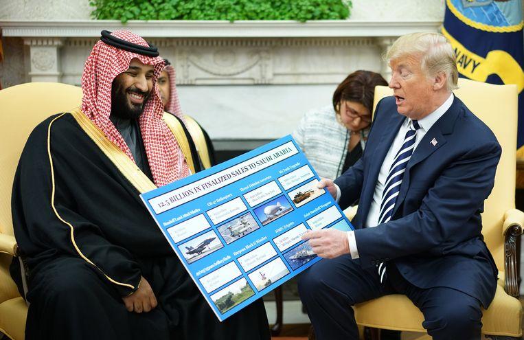 Trump en Mohammed bin Salman in het Witte Huis eerder dit jaar.  Beeld AFP